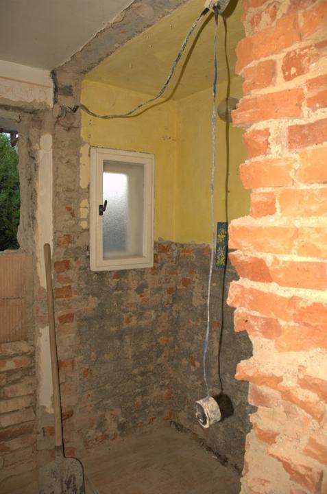 Od začátku do ... - Na záchodě zbylo už jen okénko a to bude taky zazděné