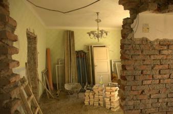 Přípravy na podtažení stropů