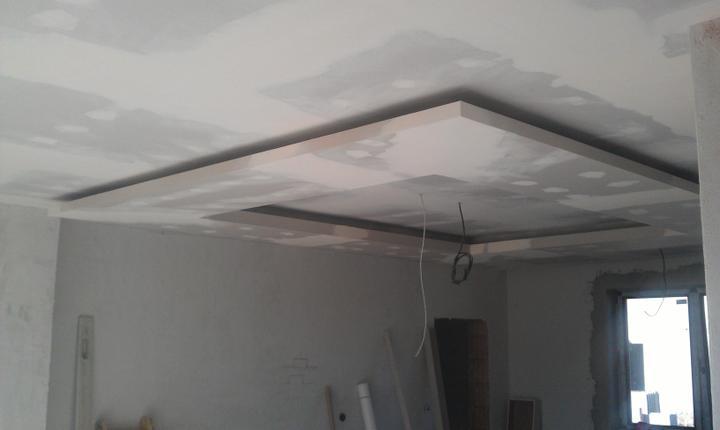 Dekoračné sadrokartónové podhľady - Mame radi navstevy z odstupom casu v dokoncenych interieroch :) Fotka tesne po dokonceni stropu