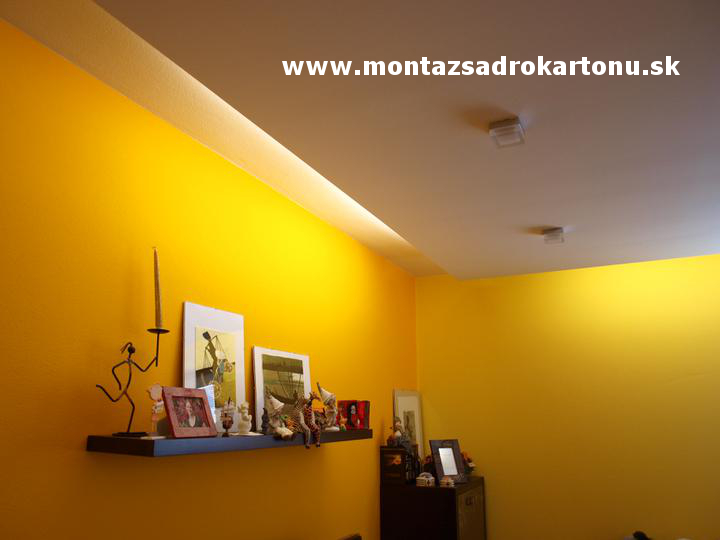 Dekoračné sadrokartónové podhľady - Sadrokartónový podhľad s nepriamym osvetlenim. Realizacia www.montazsadrokartonu.sk