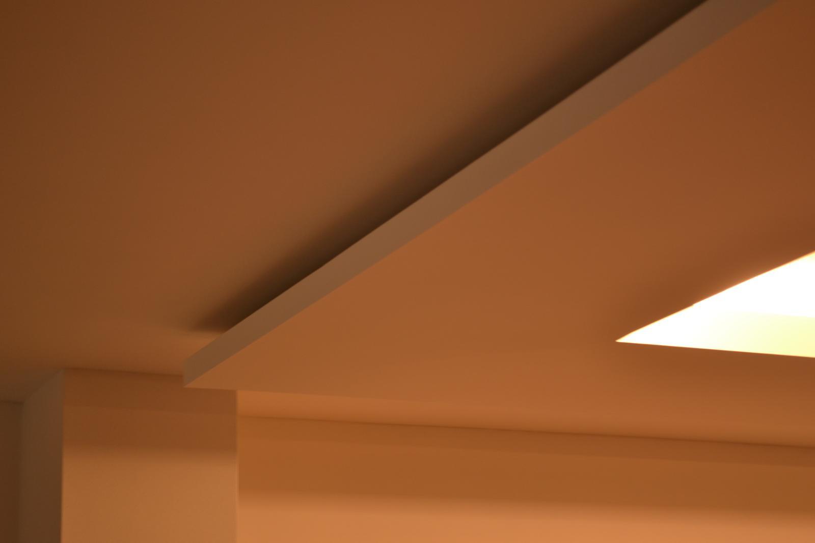 Dekoračné sadrokartónové podhľady - Mame radi navstevy z odstupom casu v dokoncenych interieroch :)