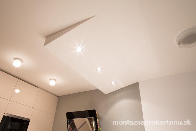 Dekoračné sadrokartónové podhľady - Originalny strop do kuchyne