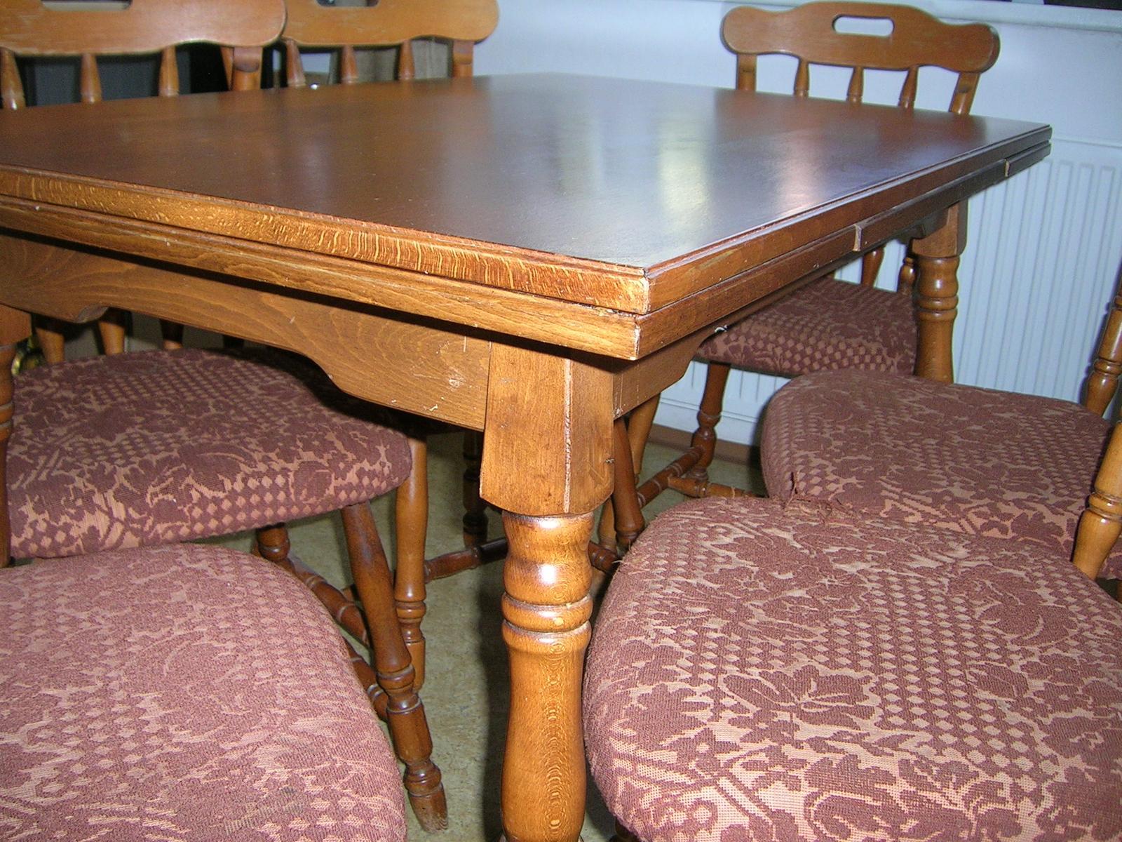 Rozkladací stôl + stoličky masív - Obrázok č. 3