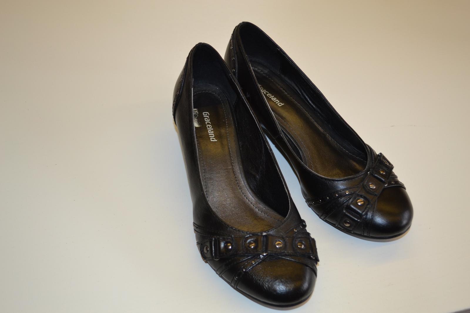Lodičky, balerínky, boty na klínku - Obrázek č. 1