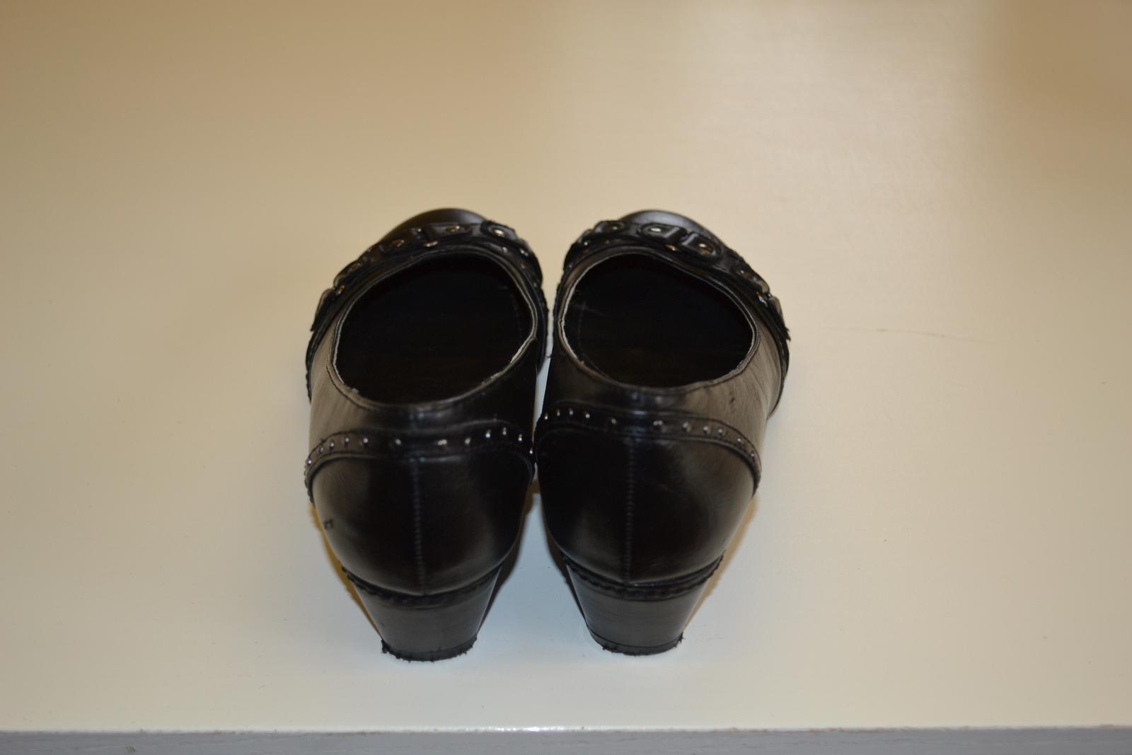 Lodičky, balerínky, boty na klínku - Obrázek č. 3
