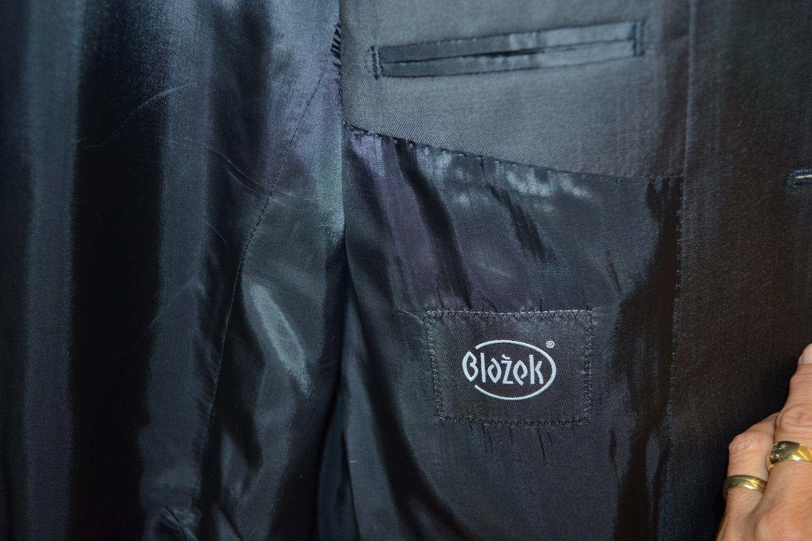 Blažek kvalitní vlněný pánský oblek - Obrázek č. 1