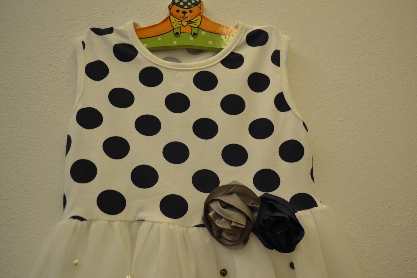 Šaty, šatičky - Obrázek č. 1
