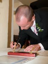 manzelov svedok sa podpisuje