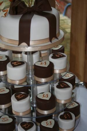 Úžasné minicakes - Obrázok č. 81