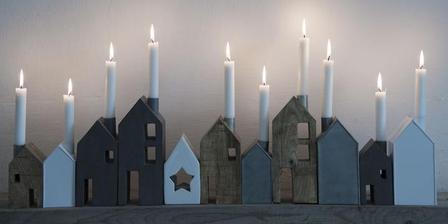 Domčekové svietniky z Nordicday a Bellarose - chýba mi ešte malý biely a tiež keramický s hviezdou