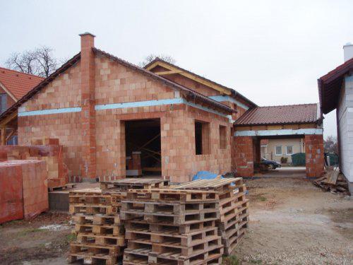 Nas dom - postupne - a paletami