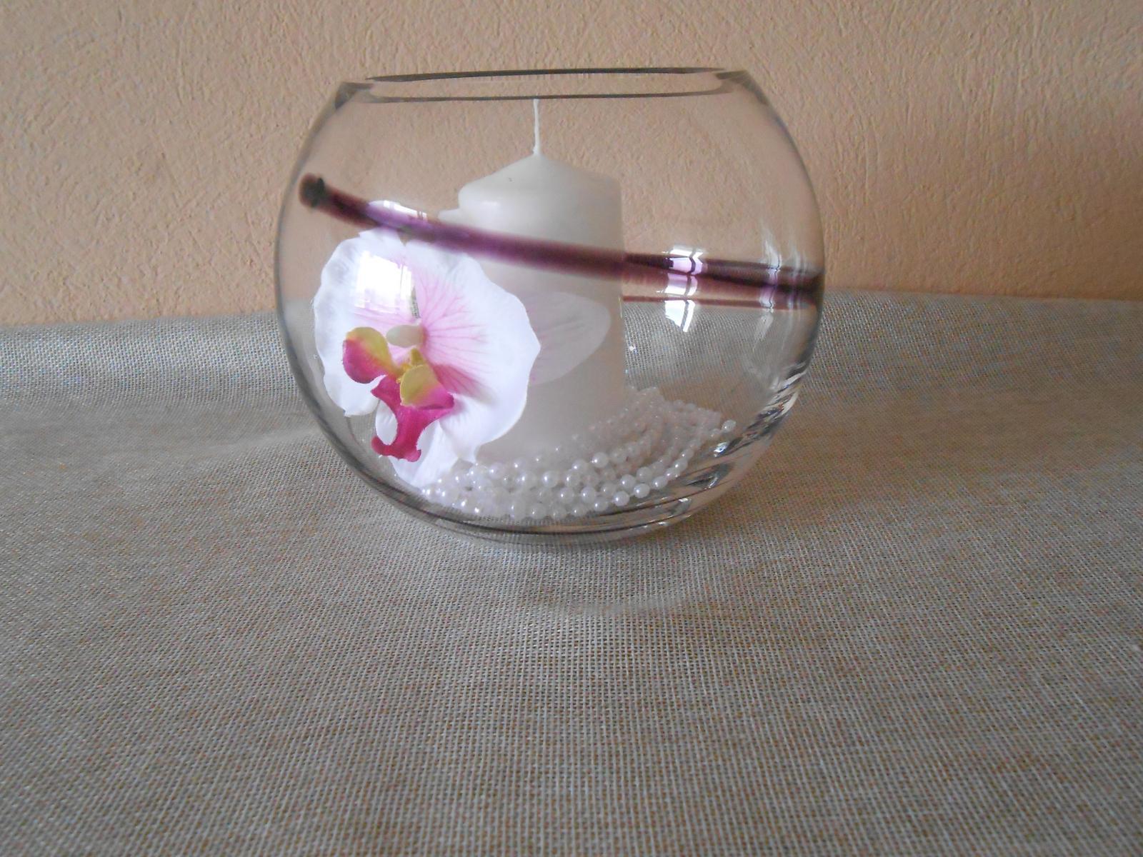 Sklenená váza - okruhlá - Obrázok č. 3