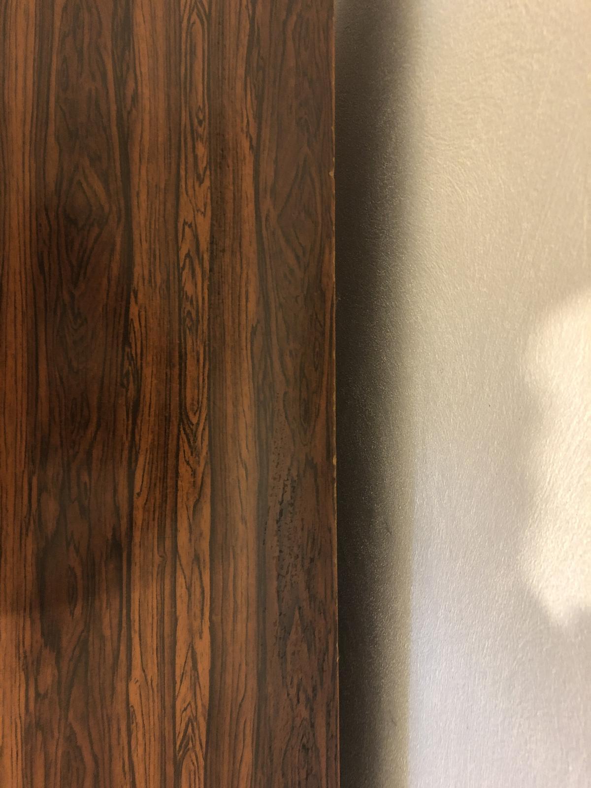 Tmavohnedý písací stôl - Obrázok č. 3