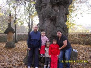 naše rodinka říjen 2013