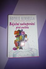Říkám si: jdu si koupit nějakou knížku dlouho jsem nic nečetla, jsem na ní moc zvědavá, vypadá dobře:))