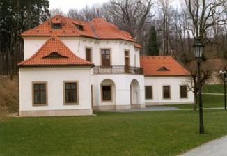 Tady měl být obřad, ale bohužel, převor Břevnovského kláštera pro nás nemá pochopení...