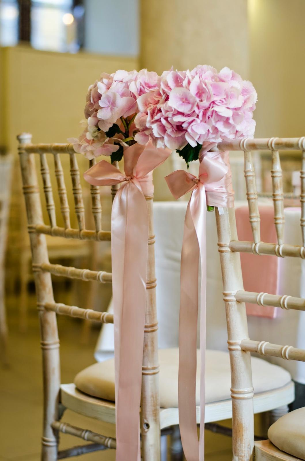 Romantická svadbička Ž♥S na hrade:-) - Romantická svadbička Ž♥S na hrade:-) Miesto: Reštaurácia Hrad, Foto: Zuzana Tóthová, Výzdoba, kvety, chiavari stoličky: Decor2Love