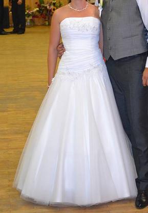 Ponúkam svadobné šaty - Obrázok č. 1