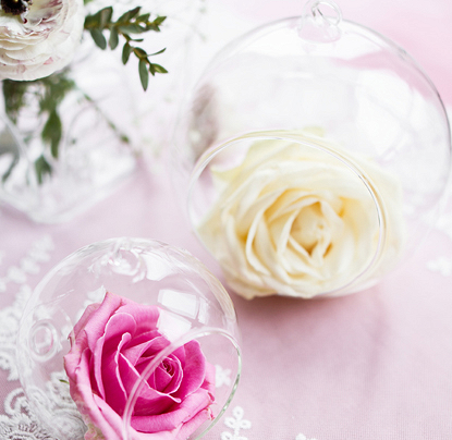 Skleněné vázy a svícny - Svatební doplňky s.r.o.