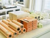 Nabízíme LEVNĚ svatební dekorace v různých barvách,