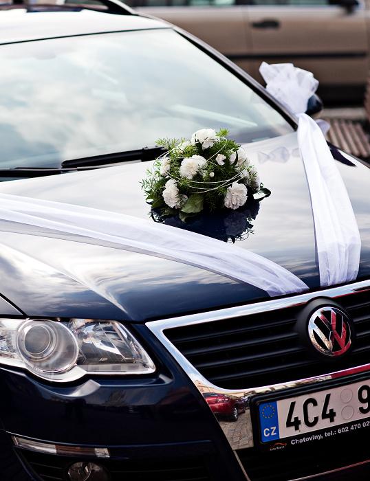Jarka{{_AND_}} Pavel - auto nevěsty - a již zmiňovaný asparágus..