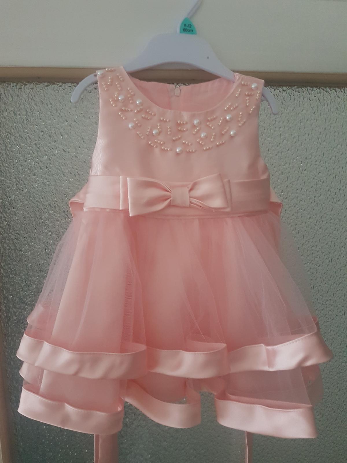 šaty na svadbu - Obrázok č. 1