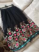 Elegantná vyšívaná sukňa, 38
