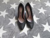 Společenské boty, 38