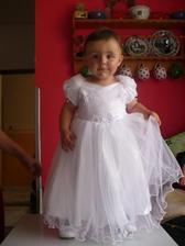 Tohle je naše malá princeznička drůžička. Dceruška mé svědkyně a nejlepší kamarádky:-D