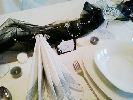 Sada k dekoraci svat. stolu- černobílá elegance - Obrázek č. 1