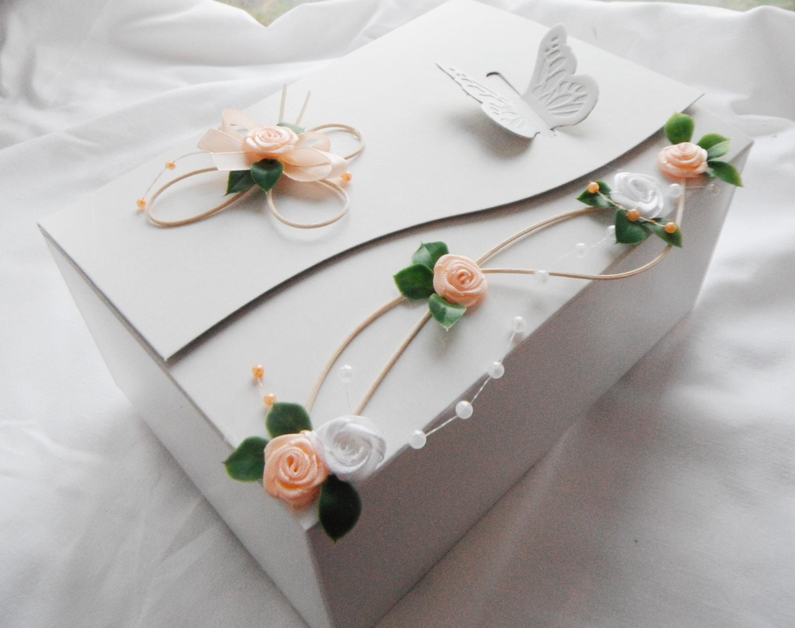 Krabička na výslužku- romantik1 - Obrázek č. 1