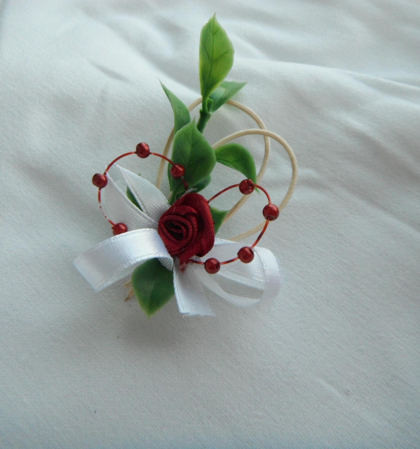 svatební vývazek vínový - Obrázek č. 1