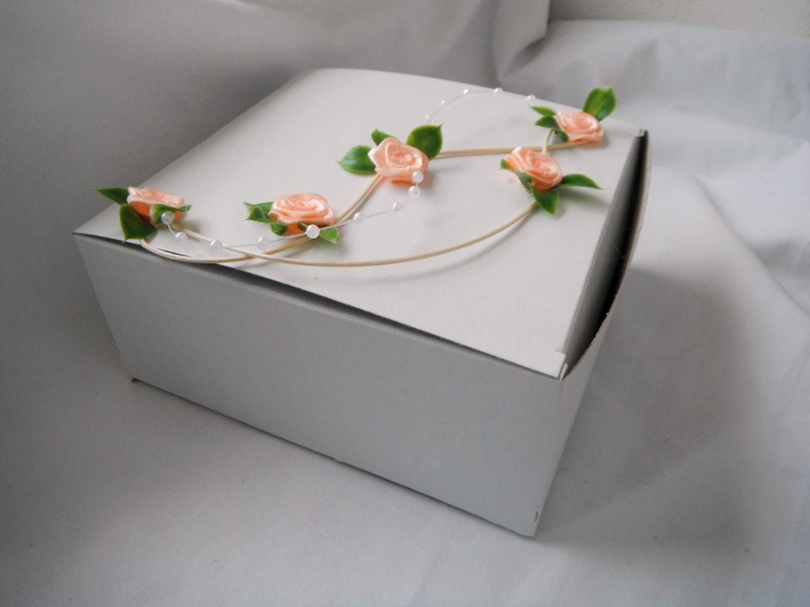 Krabička na výslužku- liána - Obrázek č. 1