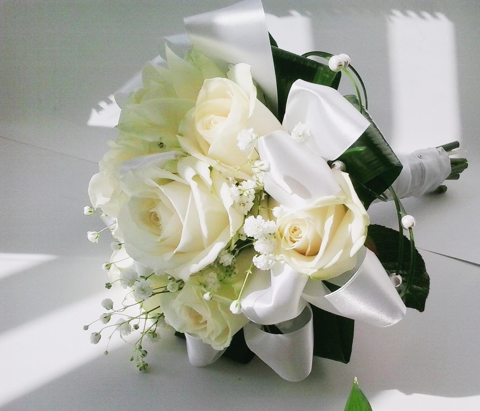 svatební kytice- růže bílá-šampaň - Obrázek č. 1