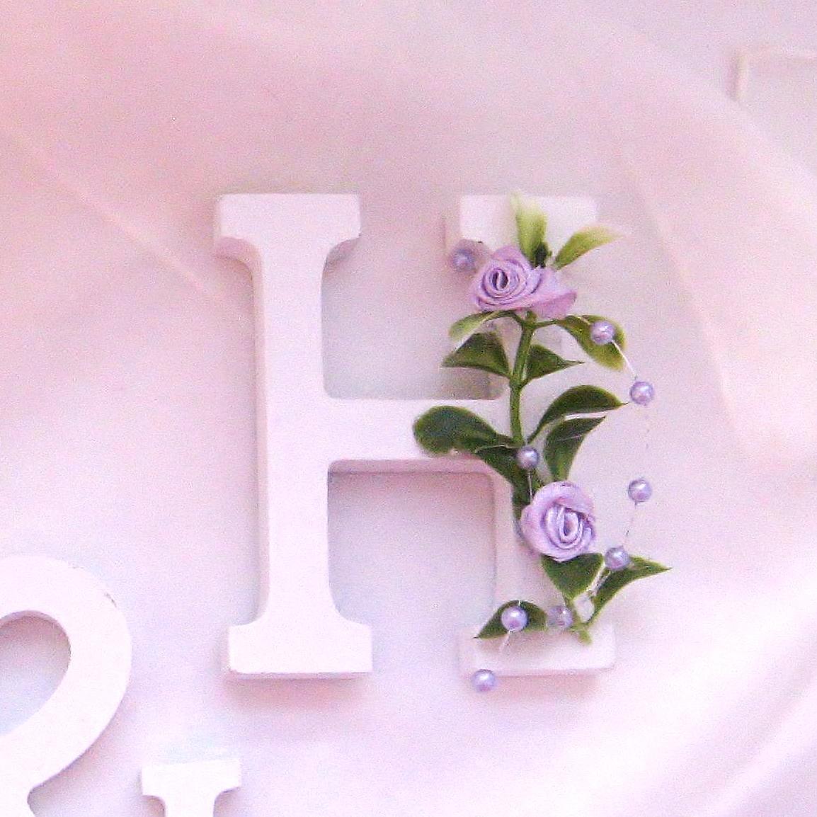Písmena s růžičkami - Obrázek č. 1