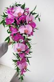 Svatební kytice převislá- phalenopsis,