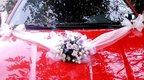 """svatební auto - """"Bílé růže s růžovou a lila"""","""
