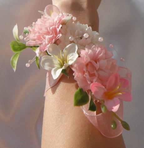 """náramek z látkových květin """"zasněná"""" - Obrázek č. 1"""