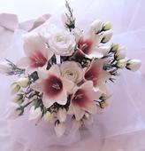 """svatební auto - """"Bílé růže a lilie """","""