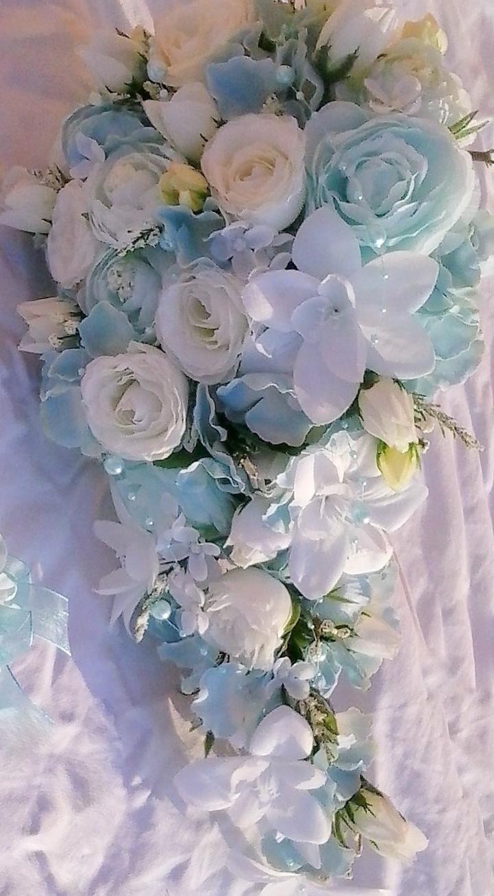 Svatební kytice- nebeská převislá (umělá) - Obrázek č. 2