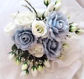 """Svatební auto - """"Bílé a modré růže """","""