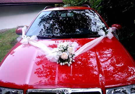 """Svatební auto - """"Bílé a krémové růže """" - Obrázek č. 4"""