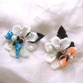 svatební brož s mini motýlkem,