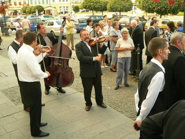 """Topor Pál Judit{{_AND_}}Topor Ferenc - .... ľudová hudba z Maďarska """"Dúvó"""" :-))))))"""