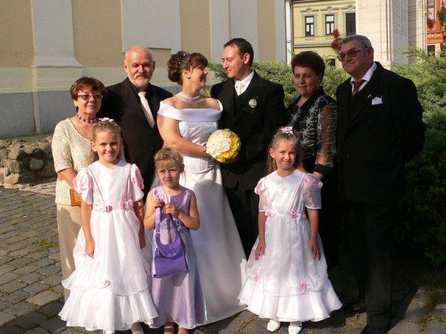 Topor Pál Judit{{_AND_}}Topor Ferenc - fotenie s rodičmi