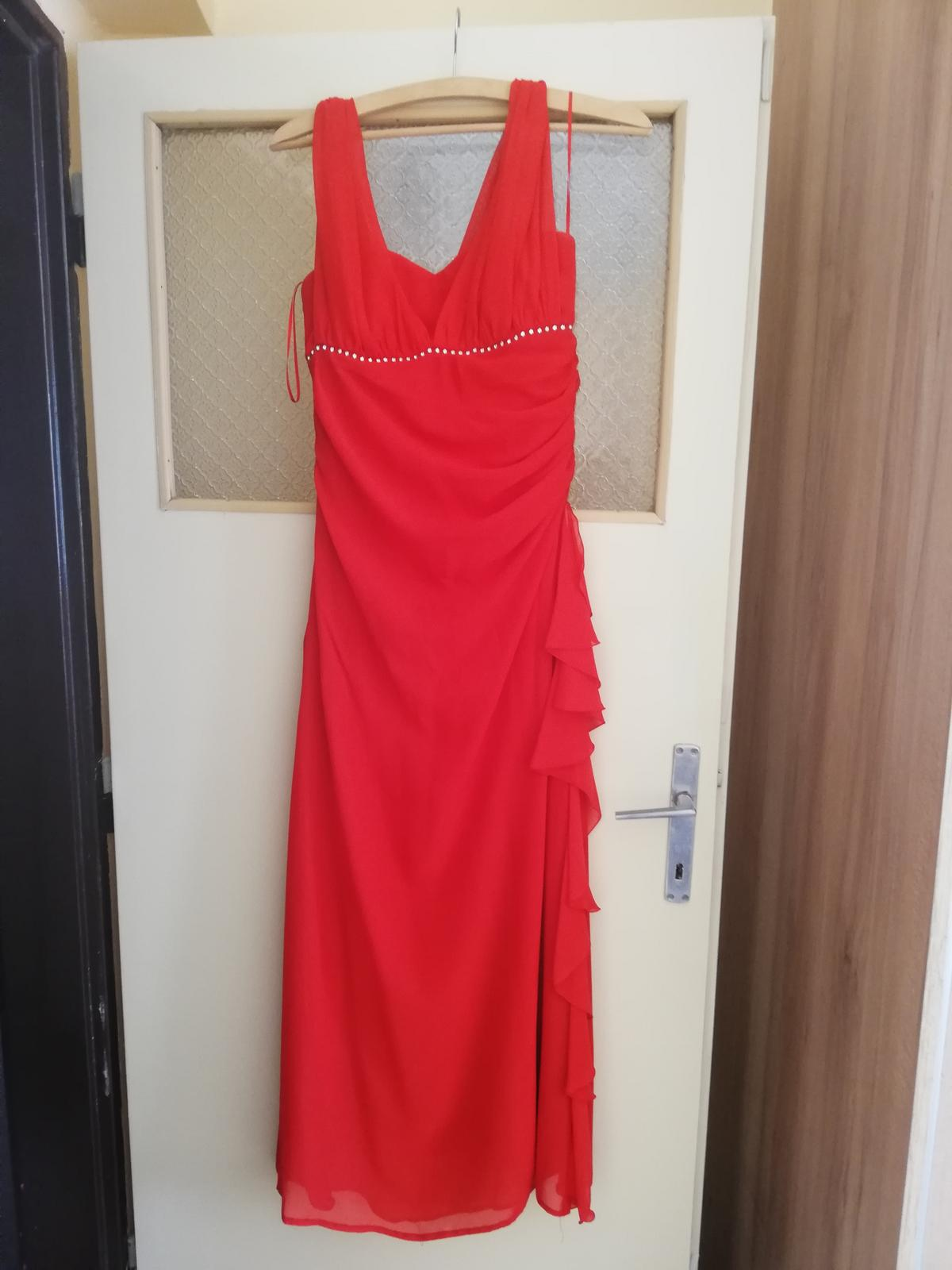 Červené šaty dlhé  - Obrázok č. 1