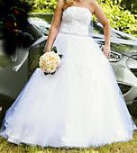 luxusní šaty  sněhově bílé s vlečkou šité v salónu, 38