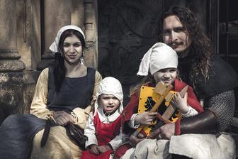 milujeme historický šerm a i svatba bude historická :)