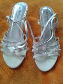 Boty s perličkama, 39