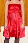 červené šaty s mašlí, 38
